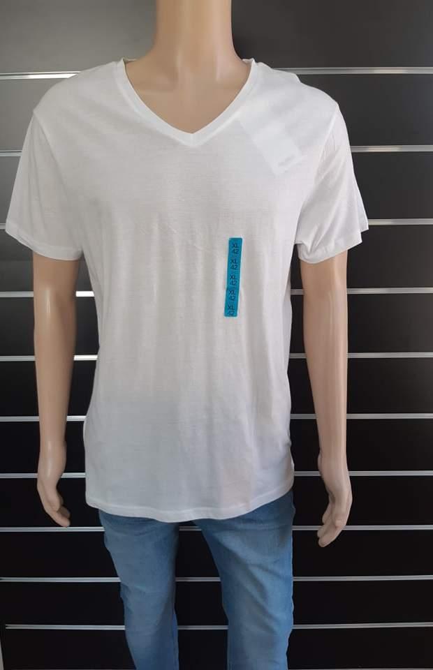 Pull&Bear férfi V-nyakú póló